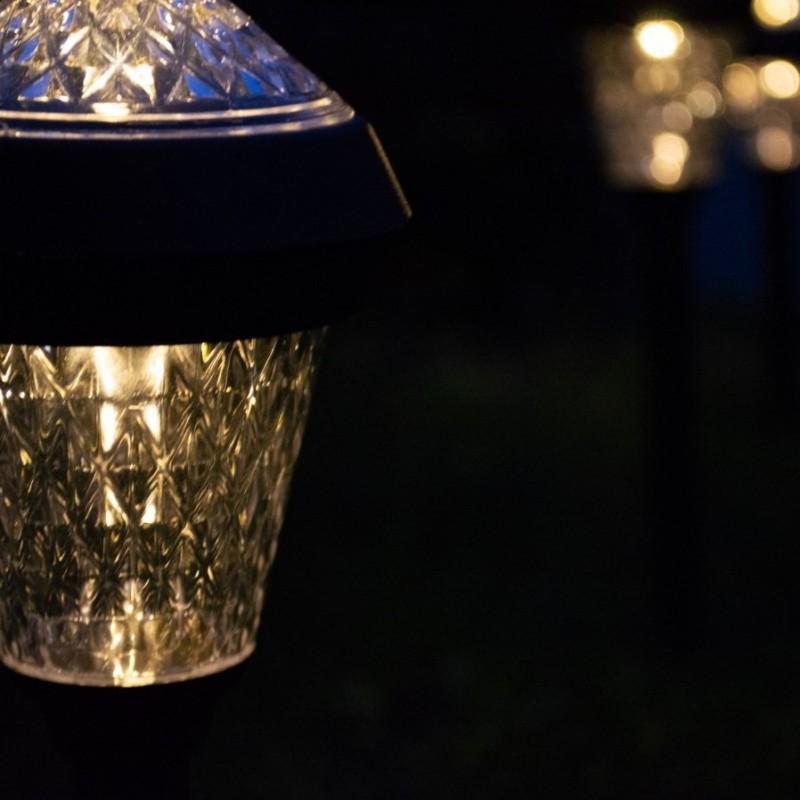 Lily solcellelamper