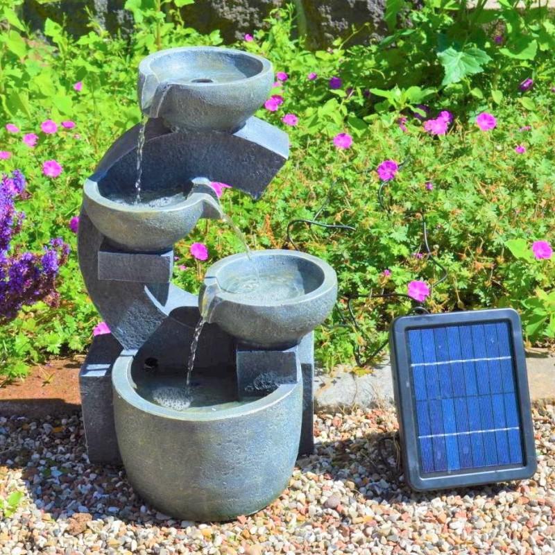 """Solcelle Fontæne med batteri """"Kaskade af Skåle"""""""