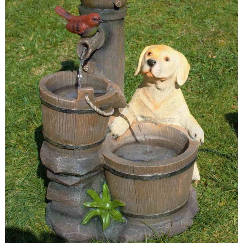 """Solcelle fontæne med batteri """"Nysgerrig Hundehvalp"""""""